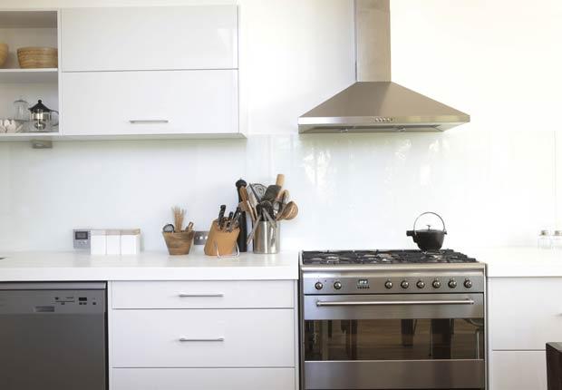 Electrodomésticos de acero inoxidable en la cocina - 10 mejoras ideales para el 2014