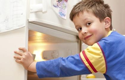 Niño en primer plano - Consejos de decoración para el hogar cuando se esta de vuelta a la escuela