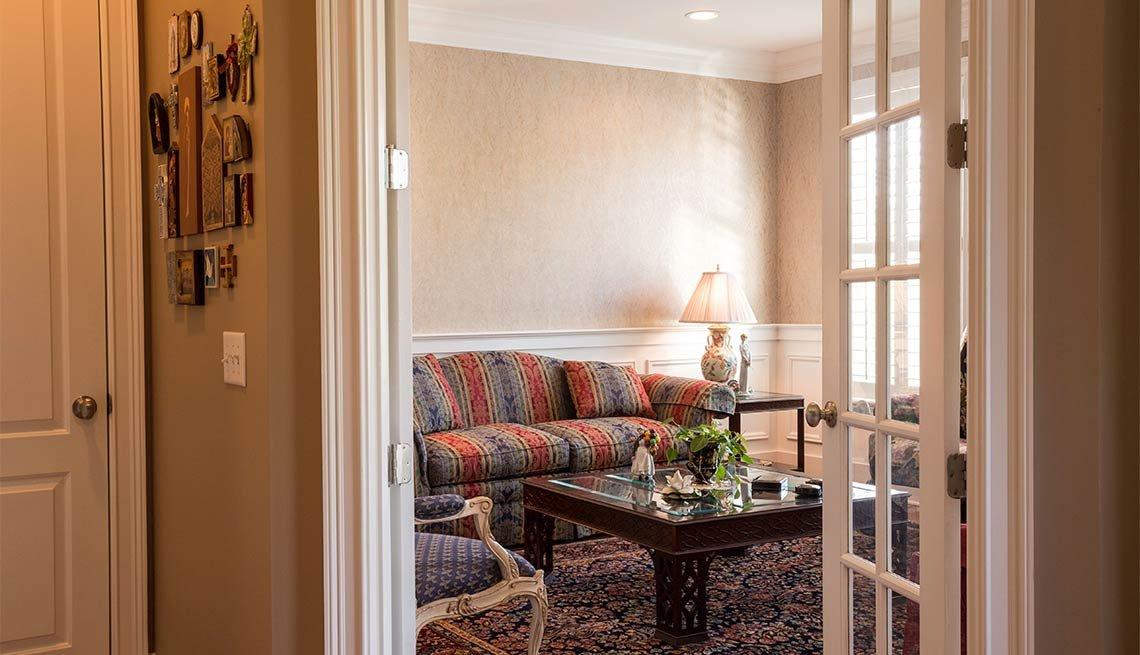 Fotos para decorar espacios peque os en casa for Puertas para espacios reducidos