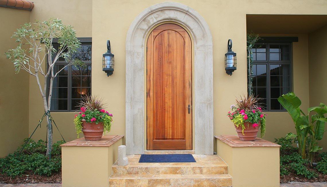Puerta de madera - Tendencias simples para decorar en primavera