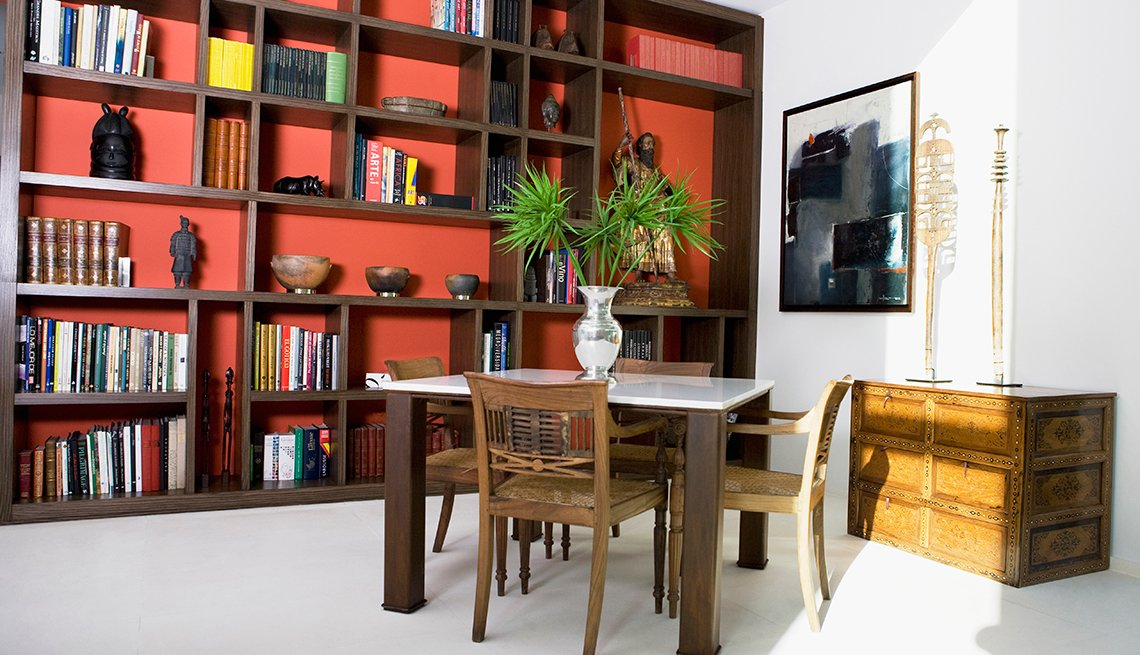 6 maneras creativas de decorar las estanterías