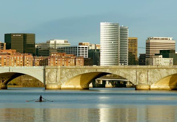 Arlington, Virginia. 10 ciudades estadounidenses ricas en cultura hispana.
