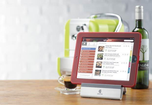 Soporte para tabletas en la cocina - Gadgets para mamá