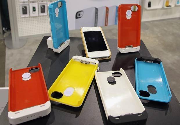 Carcasa para alargar la reserva de la bateria del iPhone - Gadgets para mamá