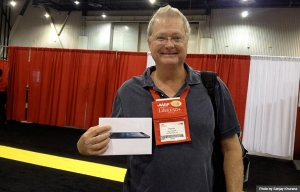 Health Innovation@50+ Tech Expo scavenger hunt winner during Life@50+ Las Vegas (Photo by Sanjay Khurana)