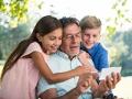 Cómo comunicarte con tu familia a través de tu móvil