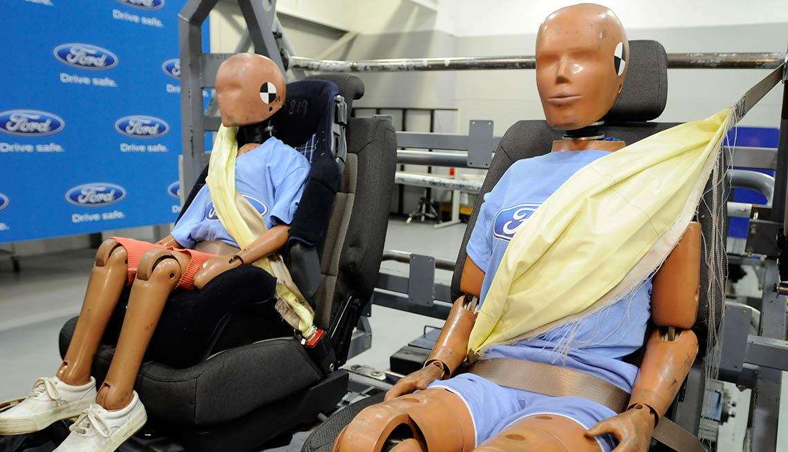 Latest high tech car features - Inflatable Seat Belts