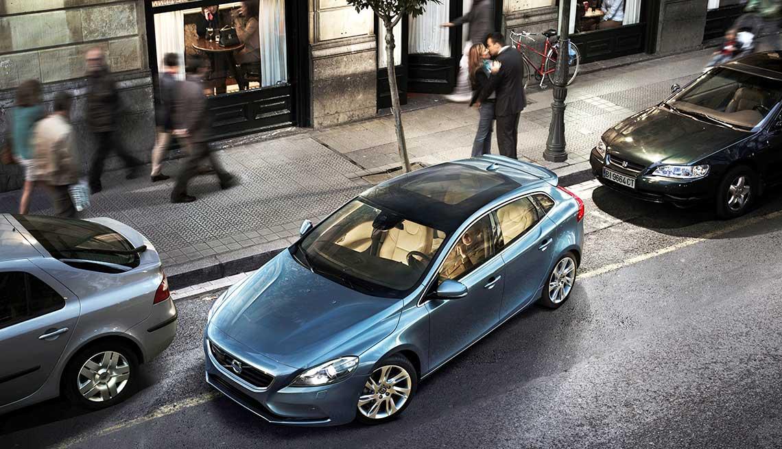 Latest high tech car features - self parking