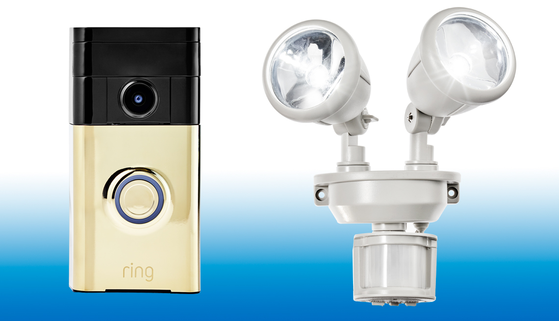 Tech Guide 2017 - Ring Video Doorbell & Maxsa's Dual-Head Solar Security Light
