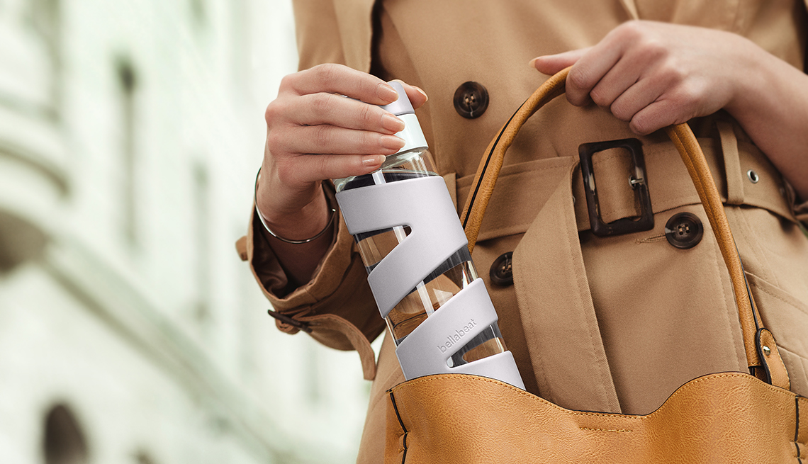 The Spring smart water bottle by BellaBeat
