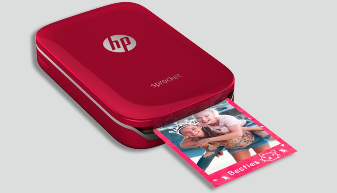 item 2 of Gallery image - Mejores regalos tecnológicos - HP Sprocket photo printer