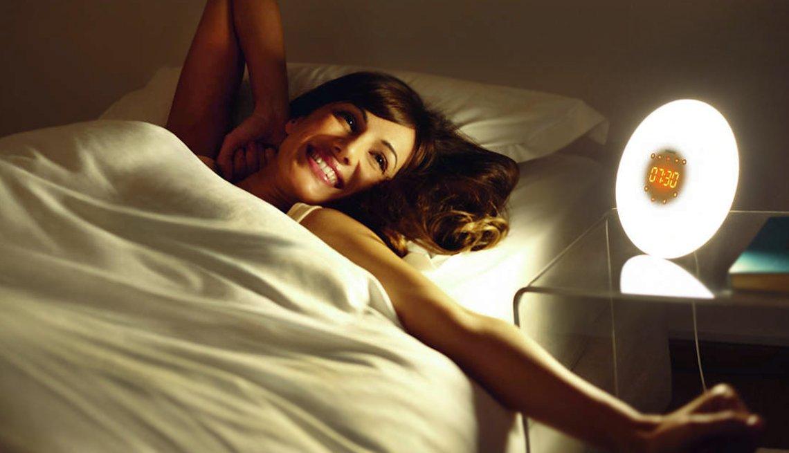 item 5 of Gallery image - Mejores regalos tecnológicos - Philips Wake-Up Light
