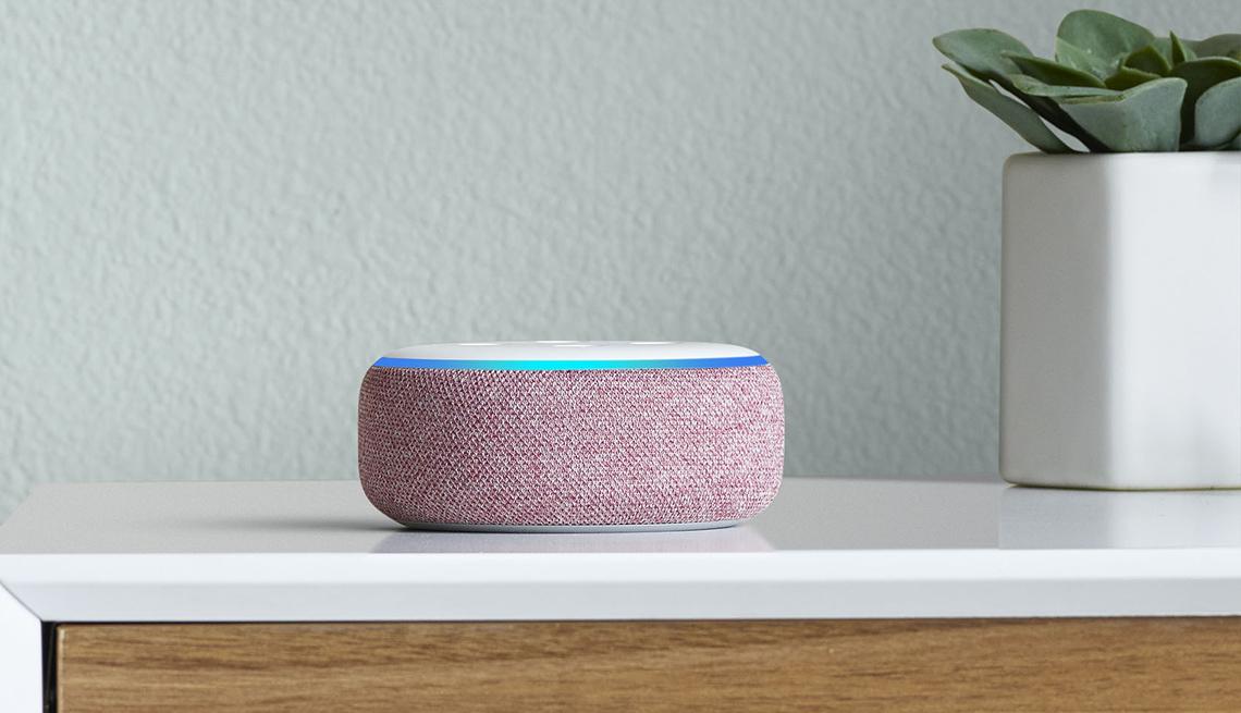 item 1 of Gallery image - Amazon Echo Dot
