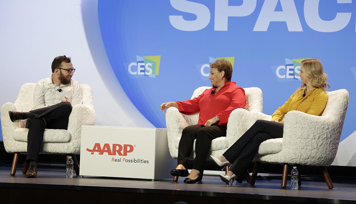 La Directora Ejecutiva de AARP, Jo Ann Jenkins, en un evento del Consumer Electronics Show