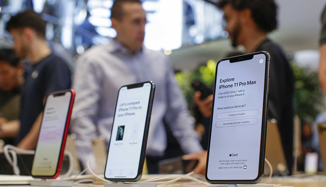 Costumers visit the newly renovated Apple Store at Fifth Avenue on September 20, 2019 in New York City.