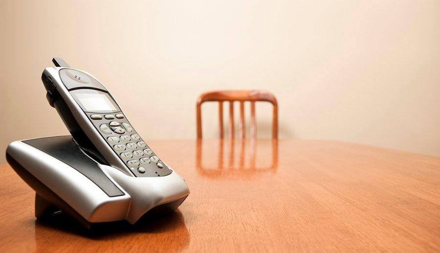Estás pensando en deshacerte de tu teléfono fijo?