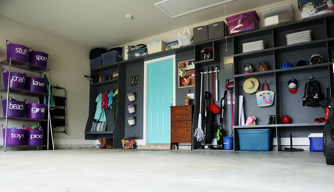 Imagen de un garaje ordenado