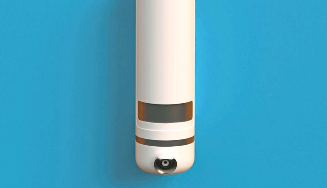 item 2 of Gallery image - a security camera that can provide facial recognition