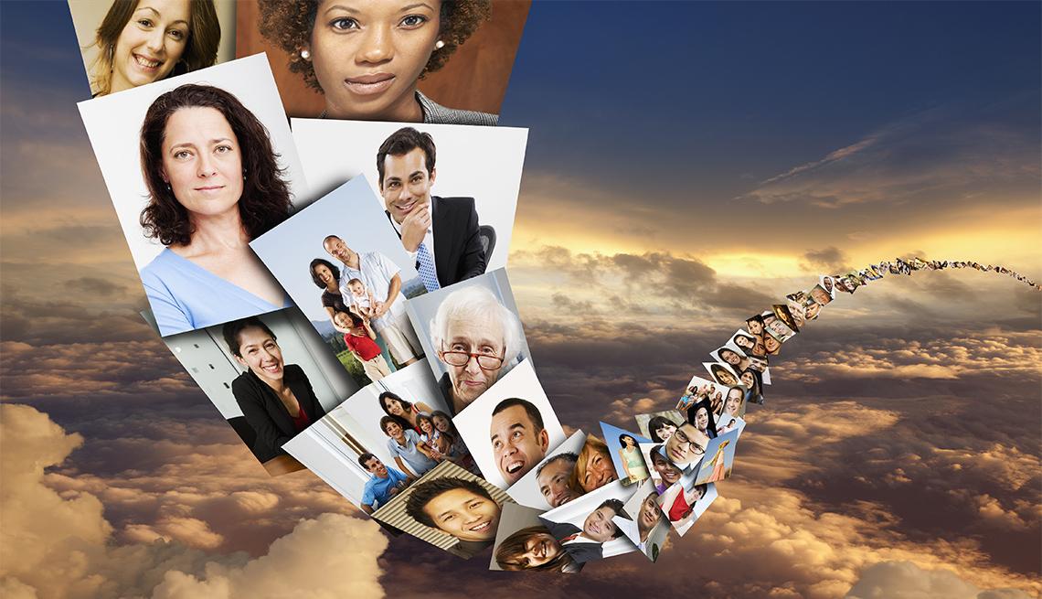 Ilustración de fotos de varias personas en el cielo