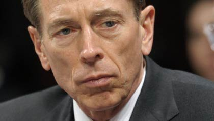 CIA Director David Petraeus admits extramarital affair, resigns post