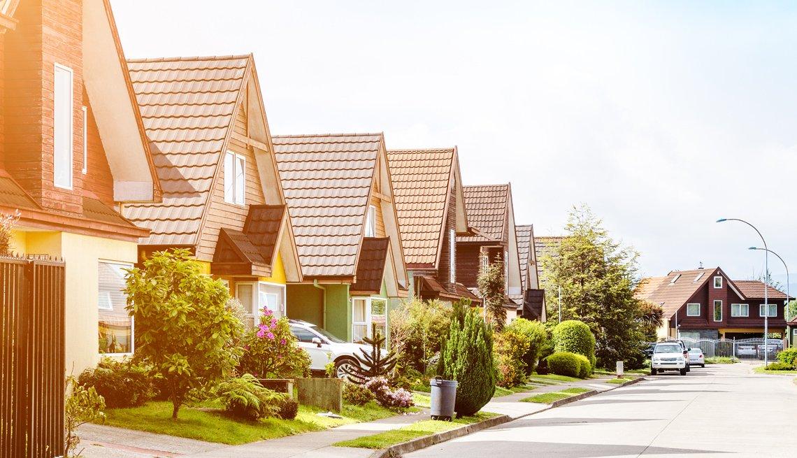 Imagen donde se muestran las casas de un vecindario.