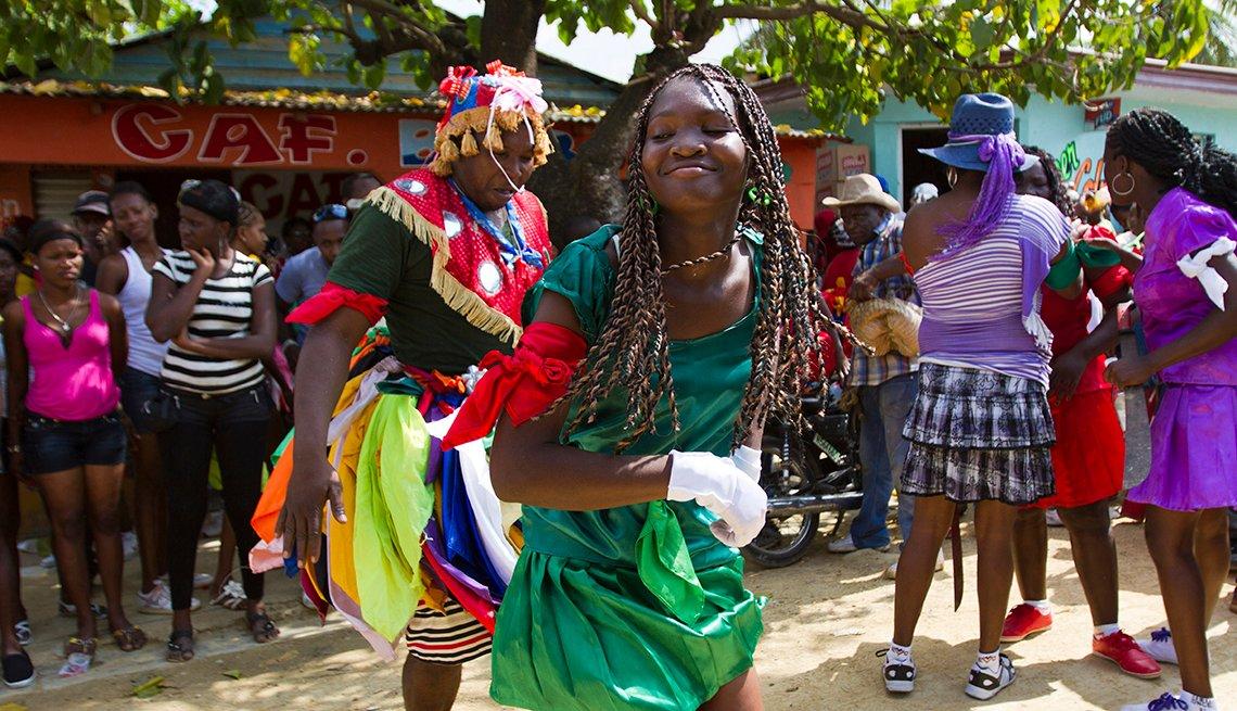 item 6 of Gallery image - Gaga, Santo Domingo, Semana Santa, una tradición de fe