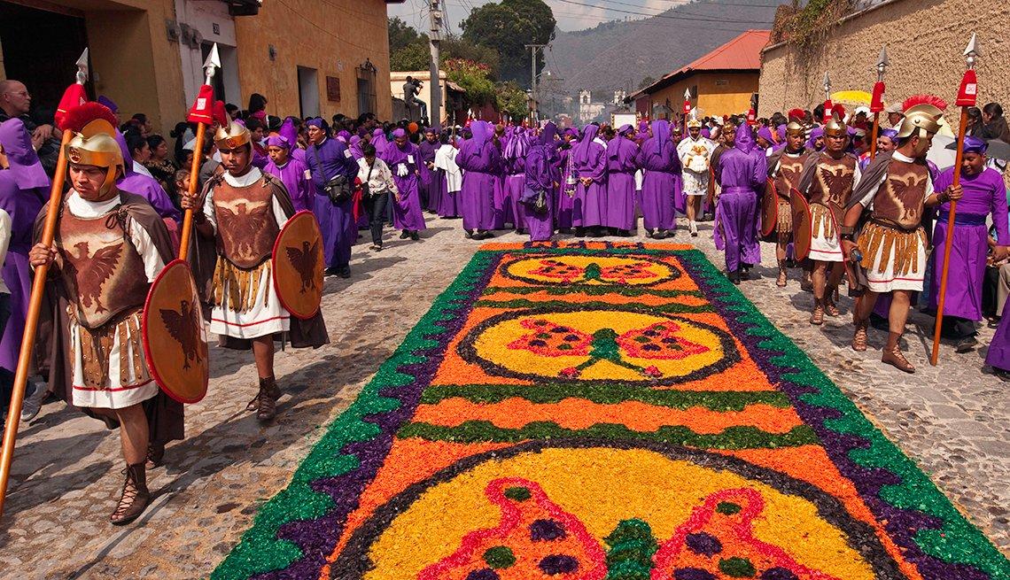 Soldiers, Sawdust Art, Semana Santa, una tradición de fe