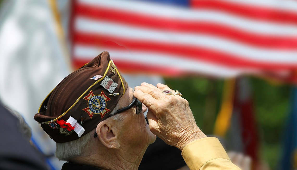 Celebrate Veterans Day with These 5 Inspiring Stories