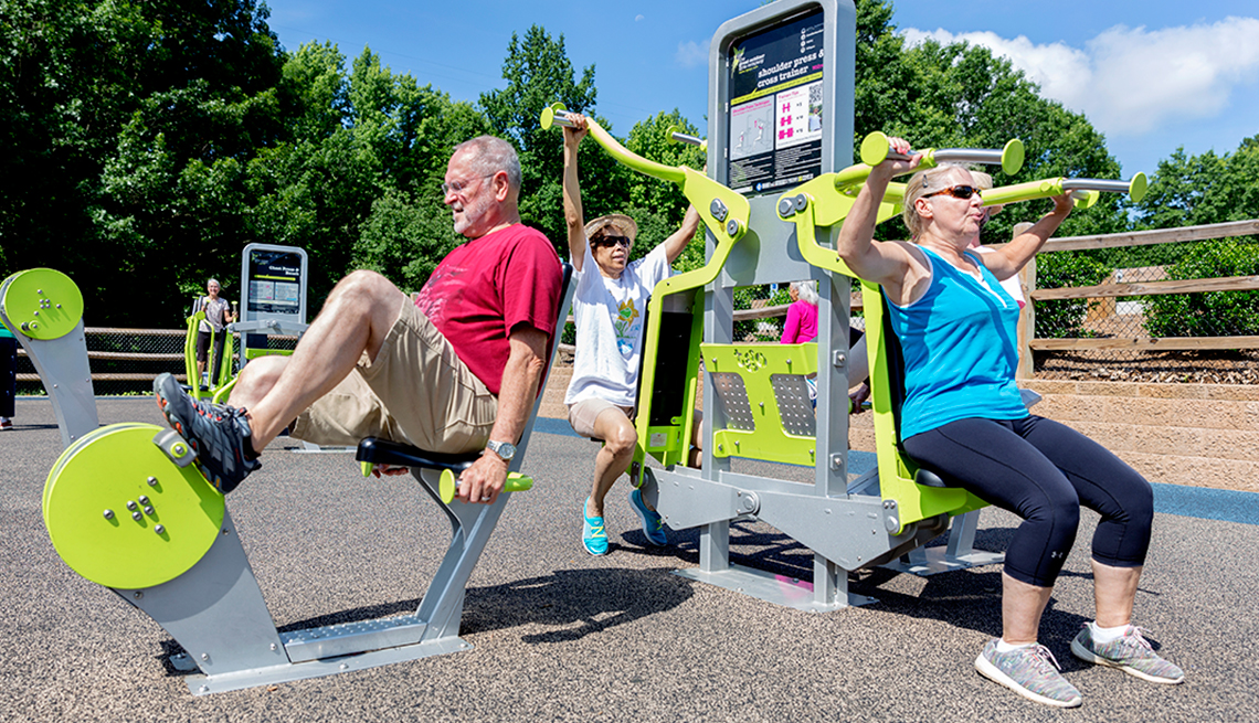 Outdoor Fitness for Adults, Endless Recess