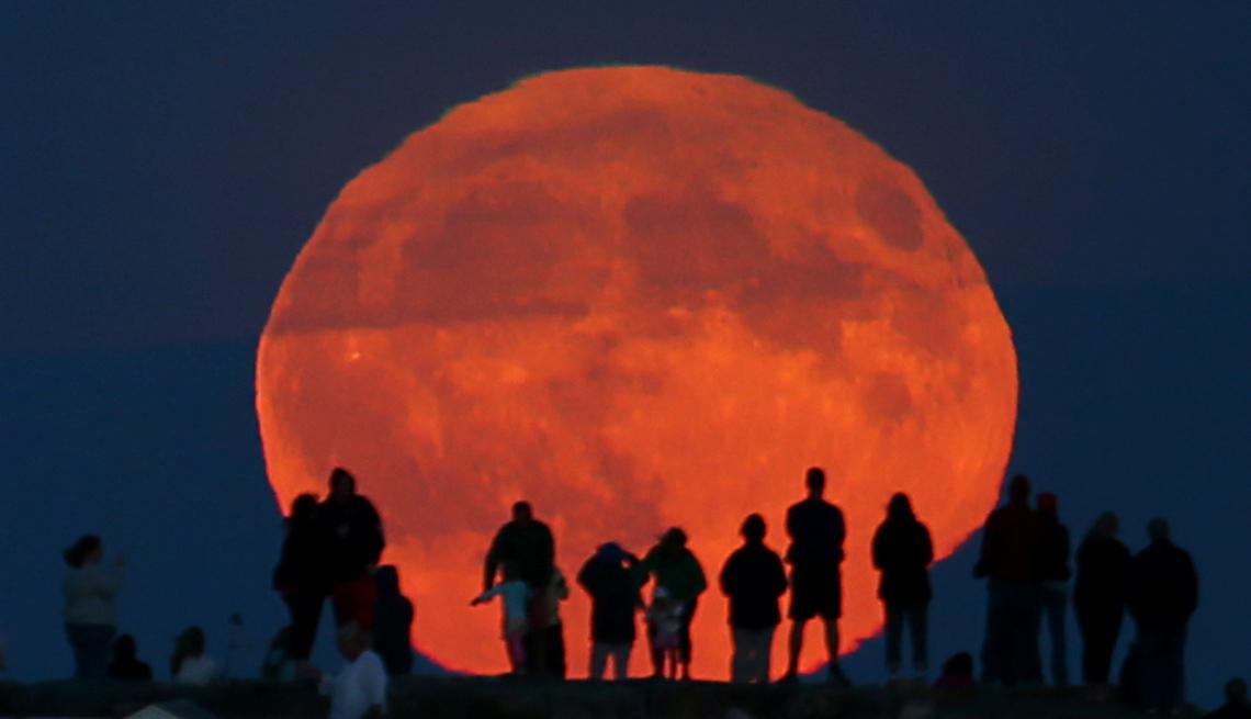 Harvest Moon October