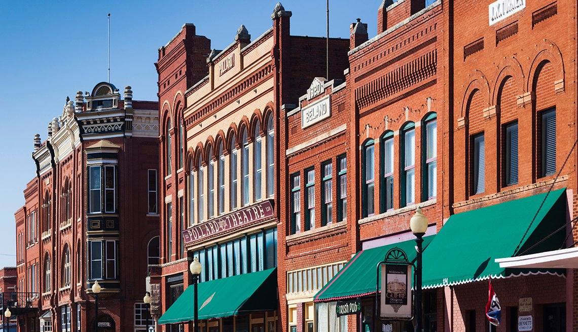 Brick buildings along a street in downtown Guthrie, Oklahoma.