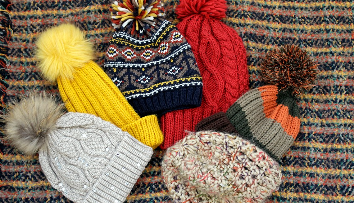 item 2 of Gallery image - Knitted hats