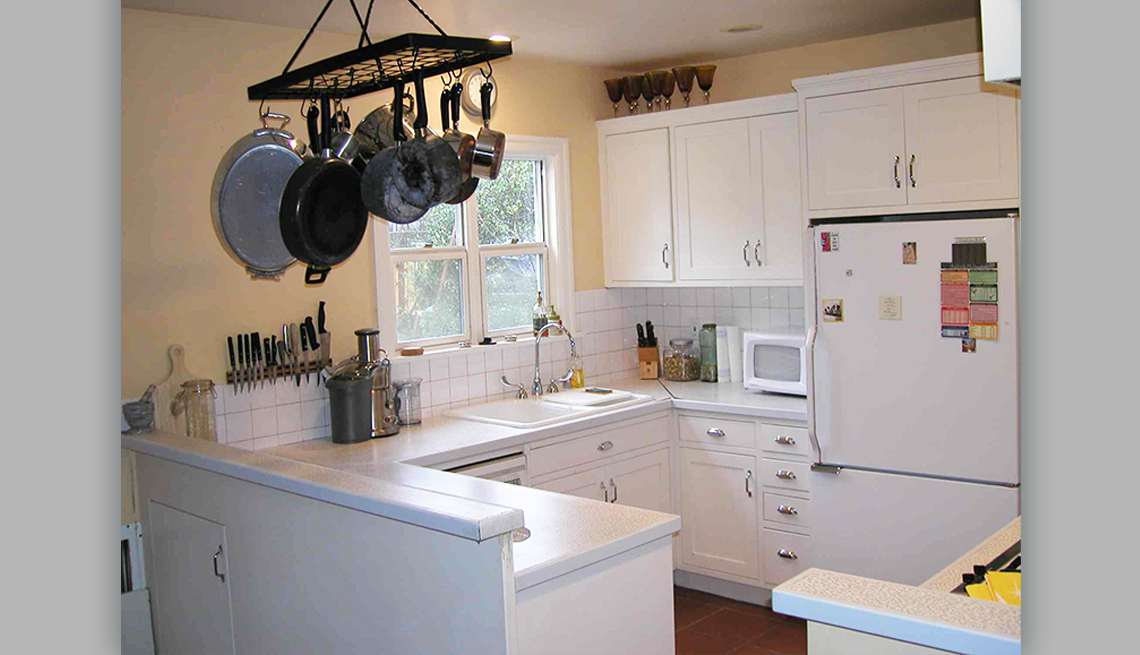item 6 of Gallery image - a neat looking kitchen after it has been de cluttered