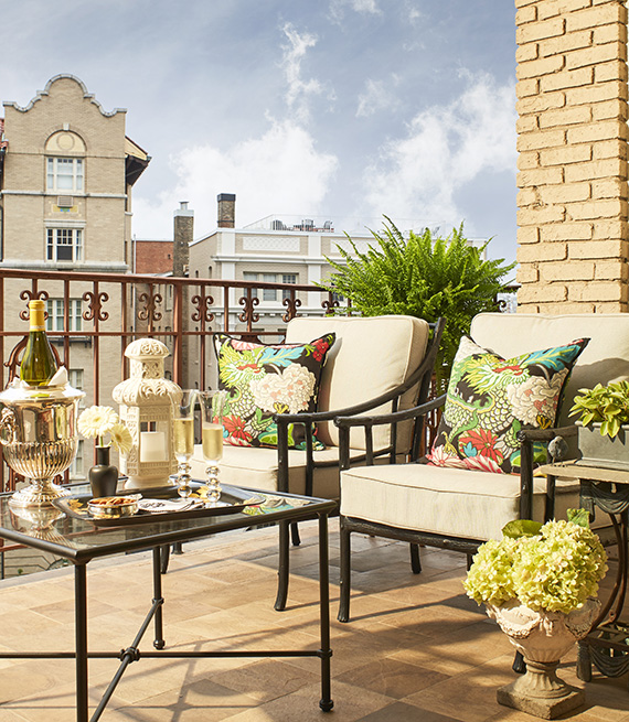 Kelley Proxmire balcony: Pictured Washington D.C. balcony with luxurious living room style furniture.