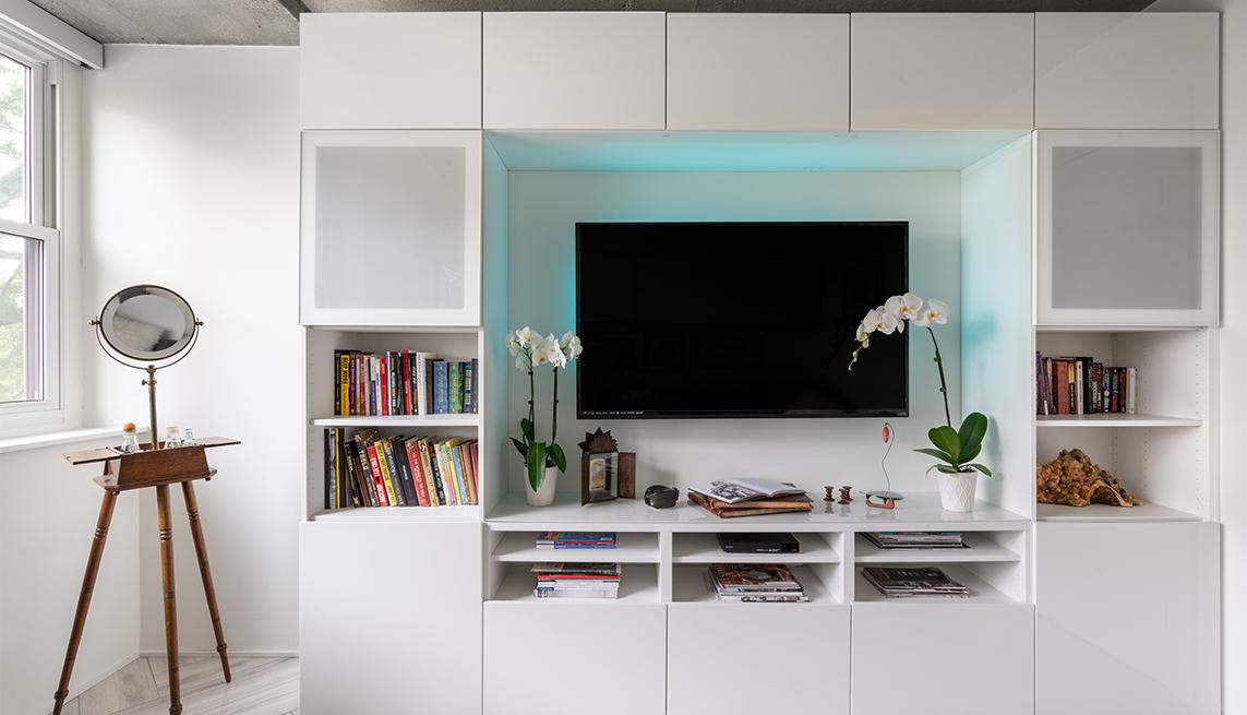 floor to ceiling custom cabinets