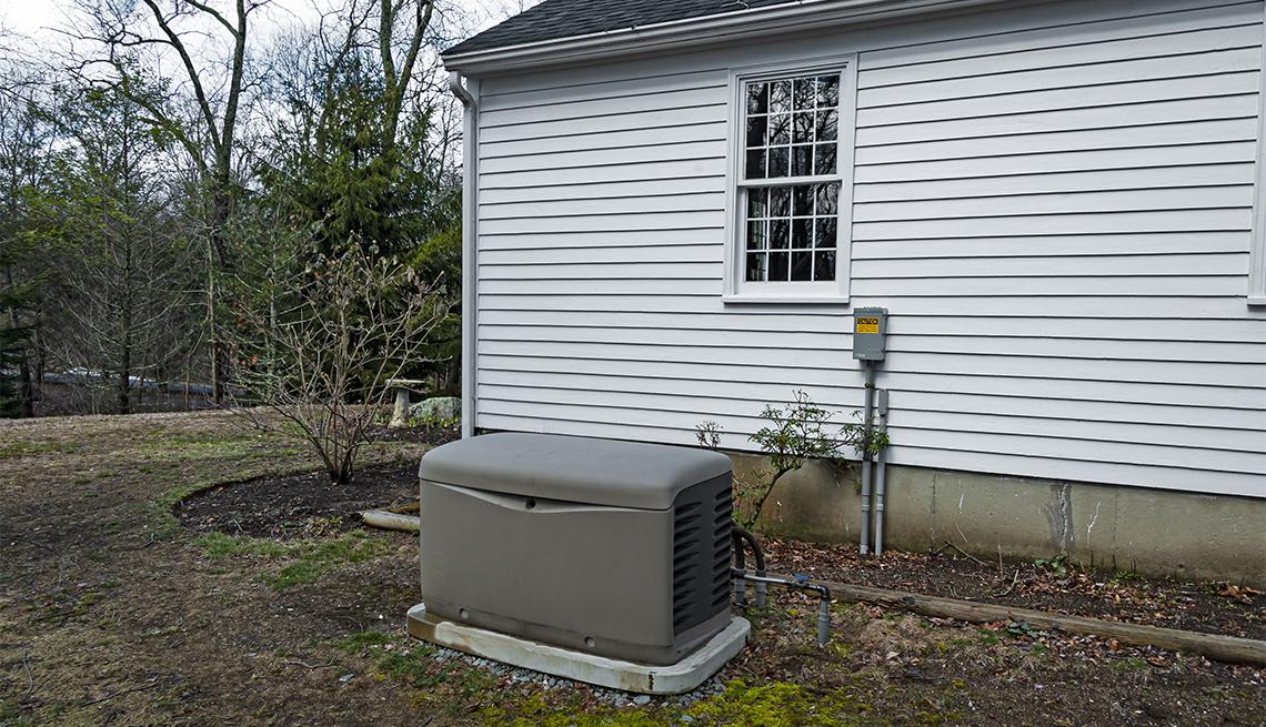 Generador eléctrico de reserva sobre una plataforma de cemento