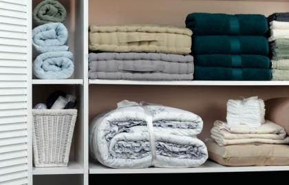 Armario con ropa - Ideas para la renovación de su armario