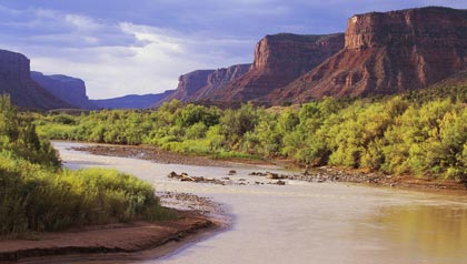 great sunny places to retire- a riverbend in Grand Junction, Colorado