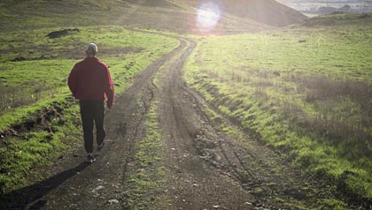 great sunny places to retire- san-luis-obispo hiking trail