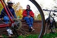 Movilizándose: montando en bicicleta