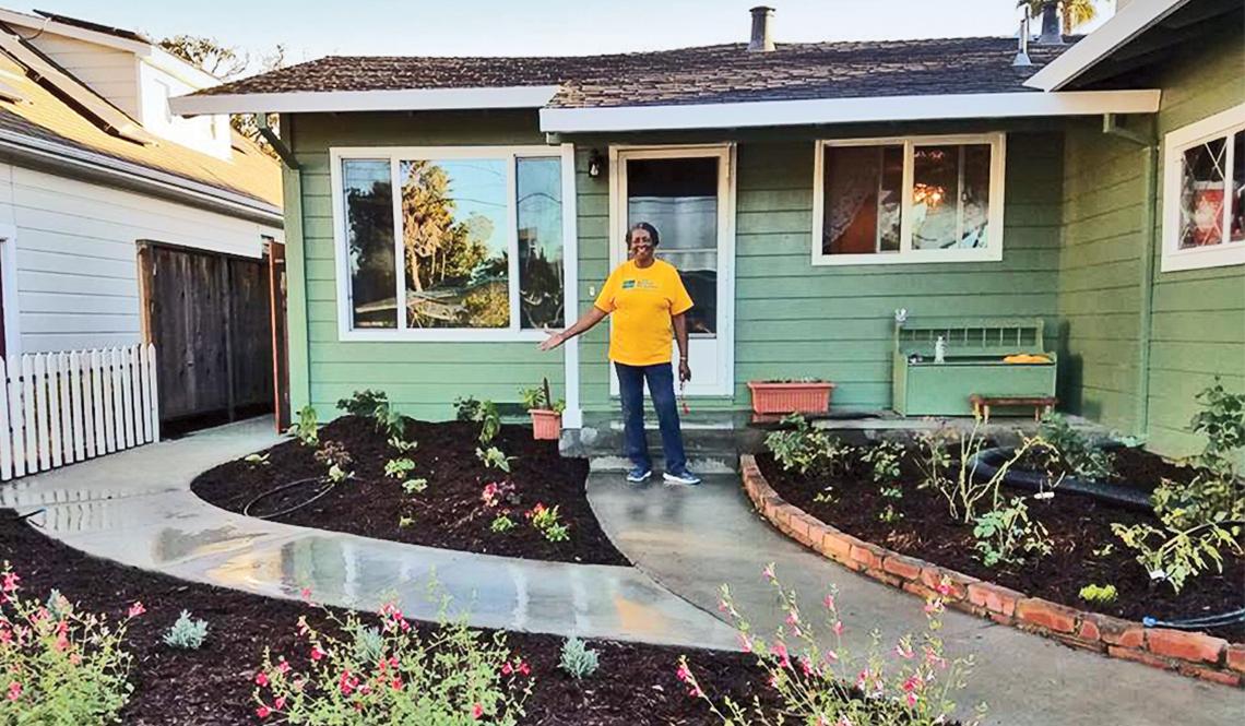 Monterey ADU home front garden