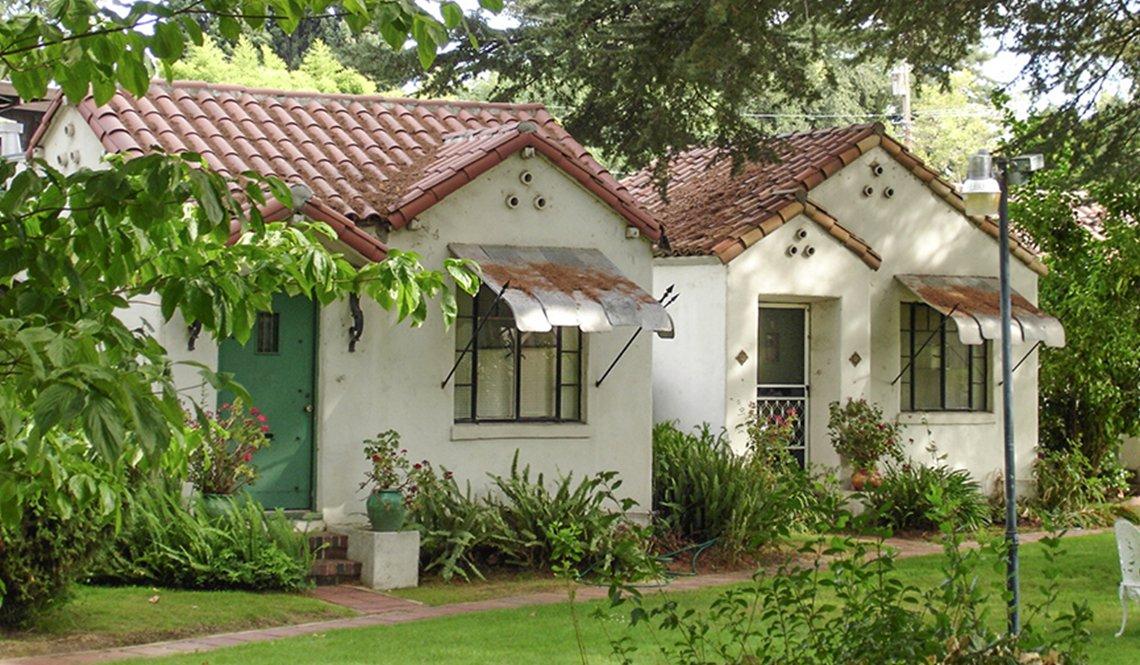 Missing Middle Cottages