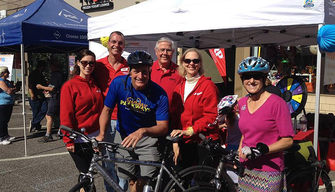 Mayor Of Portland, Oregon, Charlie Hales, Poses With Group Of People On His Bike, City, Livable Communities, Mayor Interview