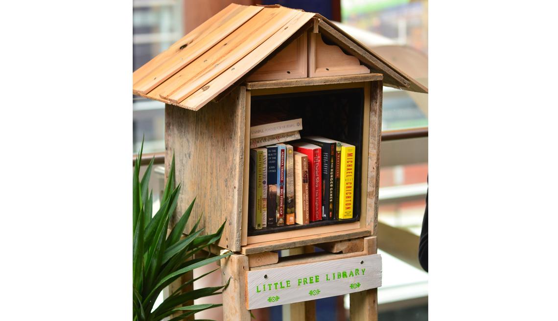 Mini Library, Free Books, Parklet Features, How To Create A Parklet, Livable Communities