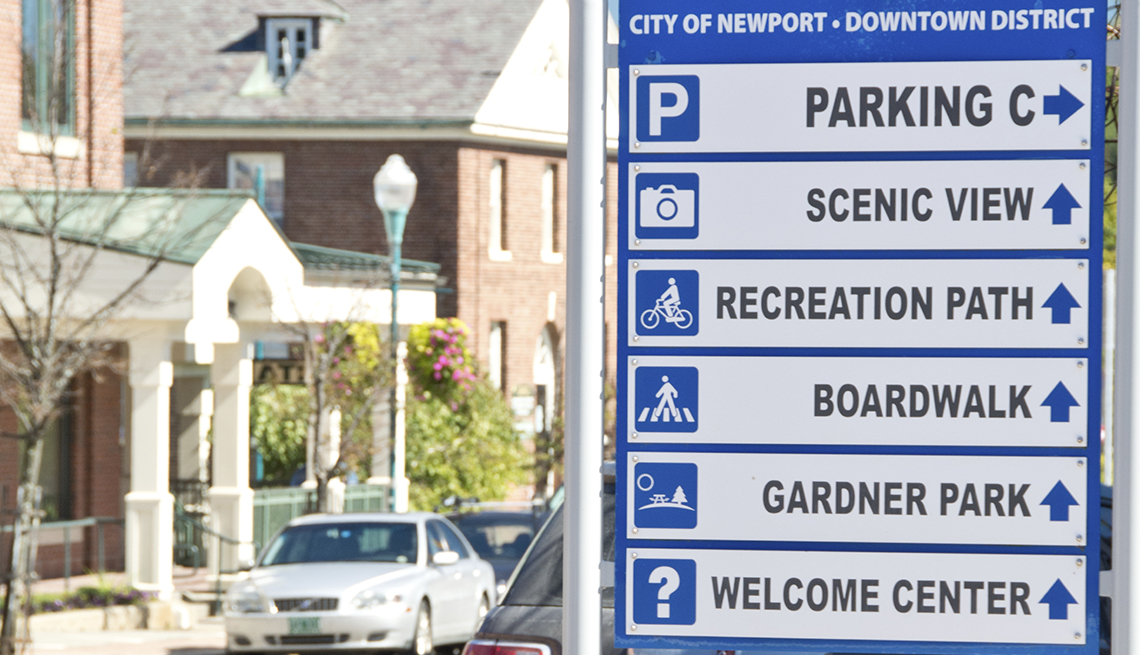 Tourist information sign in Newport, Vermont, Signs that Say So Much
