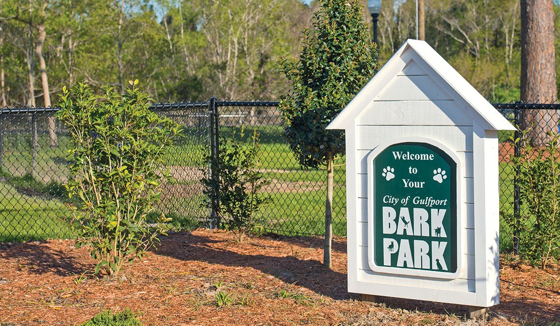 A welcome sign to the Bark Park in Gulfport, Mississippi