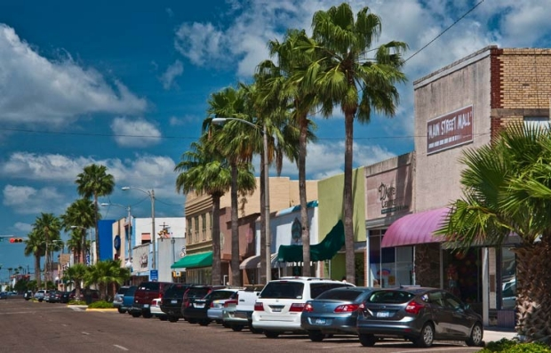 Jackson Street, el centro de Harlingen, Texas - Las ciudades más asequibles en los Estados Unidos