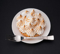 lemon meringue pie- inexpensive delicious desserts