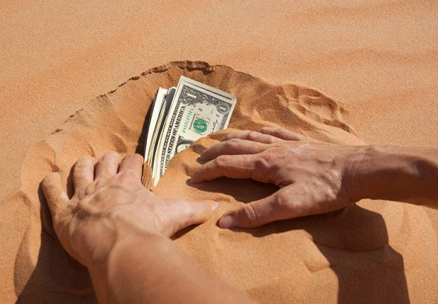 Finding money in the sand, 13 Fabulous Freebies