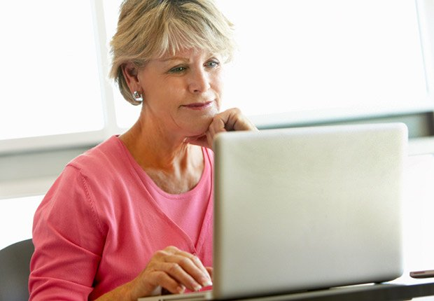 Mature student using computer in class, 13 Fabulous Freebies